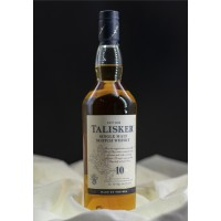 Talisker 10 Year Old Single Malt Whisky 70cl / 45.8%
